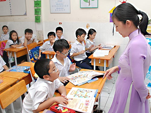 Gia sư luyện chữ đẹp tại Hà Nội cho con