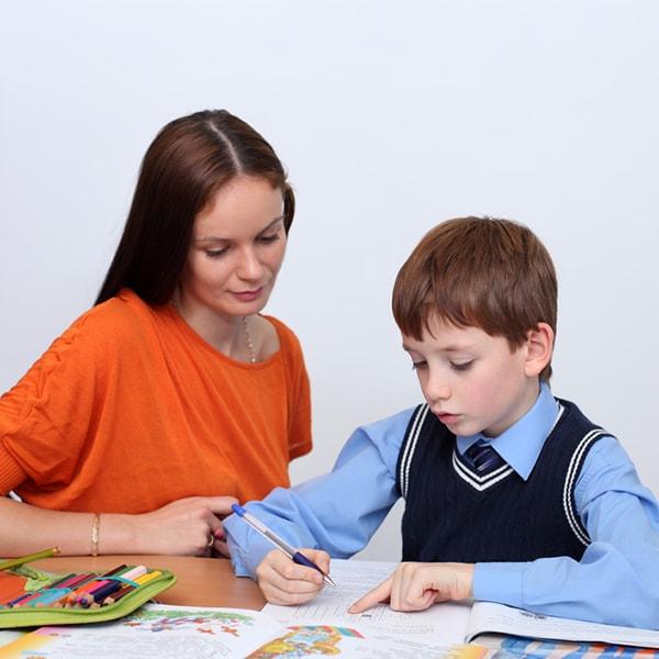 Gia sư dạy văn lớp 7 TP HCM giúp con học thêm những kiến thức mới