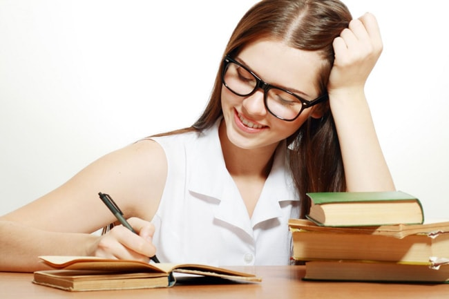Gia sư tiếng anh lớp 12 ở HCM giúp con bạn vững bước trên con đường đại học