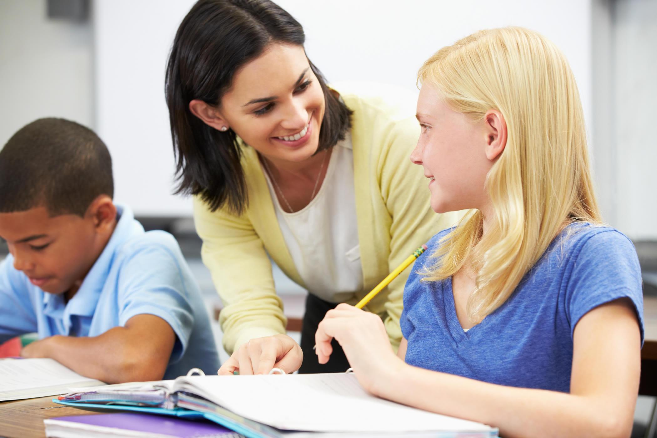 Gia sư ở Thường Tín giúp học sinh chủ động tiếp nhận kiến thức